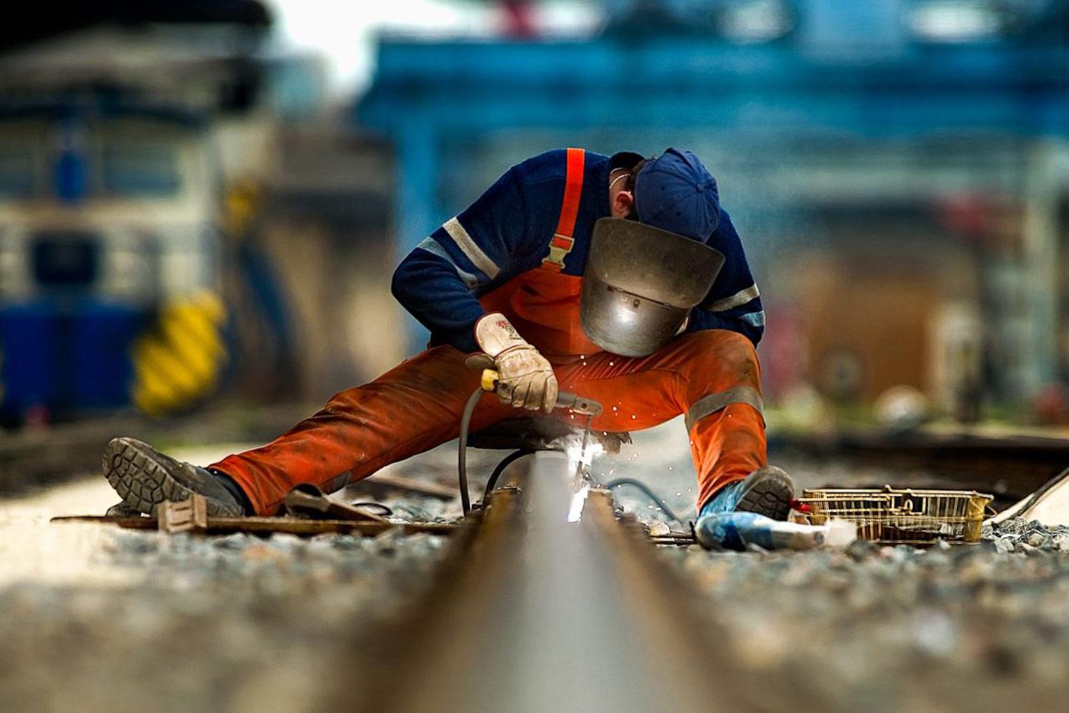 track welding